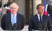 Presedintele Emmanuel Macron alaturi de premierul Marii Britanii, Boris Johnson la Palatul Elysée, 22 august 2019.