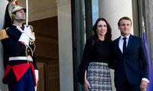 Presedintele Emmanuel Macron alaturi de premierul Noii Zeelande, Jacinda Ardern, Palatul Elysée, Paris, 15 mai 2019.