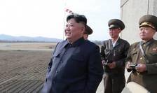 """Presedintele nord-coreean Kim Jong Un supervizeaza testul privind o noua """"arma tactica ghidata"""",  16 aprilie 2019."""