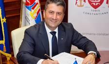 Primarul Constanței critică Guvernul, pentru că-i arată cu degetul pe operatorii din turism (Sursa foto: Facebook/Decebal Făgădău)
