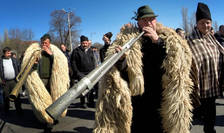 Ciobanii se împotrivesc noilor reglementări intrate în vigoare în Legea vânătorii
