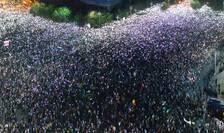 Protest în Piaţa Victoriei, 10 august 2018 (Foto: RFI)
