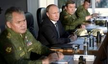 Senatorii ruși au votat propunerea președintelui Putin în unanimitate în cadrul unor dezbateri care au avut loc cu ușile închise