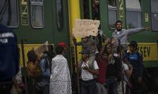Migranţii sunt obligaţi să ceară azil în ţările pe teritoriul cărora intră pentru prima oară în Uniune