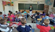 12 milioane de elevi francezi au luat drumul scolii pe 3 septembrie 2018