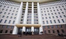 Majoritatea parlamentara de la Chisinau nu renunta la nominalizarea lui V.Plahotniuc pentru functia de premier