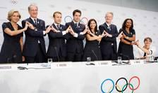 Reprezentantii delegatiei franceze conduse de presedintele Emmanuel Macron a sustinut candidatura Parisului pentru organizarea JO 2024 in fata membrilor Comitetului Olimpic International