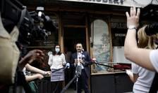 Patronul de restaurante Stéphane Manigold la o conferintà de presà, 22 mai 2020