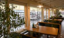 Restaurantele din București se redeschid la interior, la o capacitate de 30% (Sursa: MEDIAFAX FOTO/Andreea Alexandru)