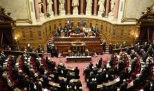 Senatul francez, unde dreapta este majoritarà, a revizuit politica penalà cu trei luni înainte de alegeri