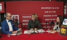 Sergiu COSTACHE, Carmen RADU și Andreea RADU in studioul RFI Romania