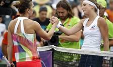 Simona Halep şi Timea Bacsinszky (Foto: Geoff Burke-USA TODAY Sports via Reuters)