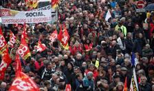 Sindicatele franceze cer o noua zi de mobilizare în 17 decembrie împotriva reformei pensiilor.