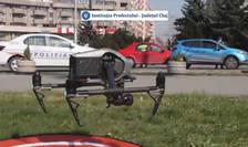 Clujenii au început să vadă deasupra orașului drone care supraveghează respectarea reglementărilor date de autorități, cu privire la izolare și la distanțarea socială.