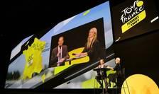 Christian Prudhomme, directorul TDF, si Marion Rousse în timpul prezentàrii Turului ciclist feminin, 14 octobrie 2021.