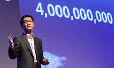 Ma Pony Huateng, fondatorul și directorul Tencent este unul dintre cei mai bogați membri ai Parlamentului chinez, cu o avere estimată în 2016 la 17,6 mld dolari