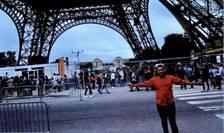 50 de fotografii si video-uri, gàsite pe cardul-memorie al aparatului fografic ce apartinea teroristilor de la Barcelona, au fost exploatate de anchetatori