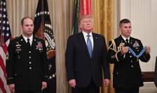 Donald Trump în cursul unei ceremonii la Casa albà, 30 octombrie 2019