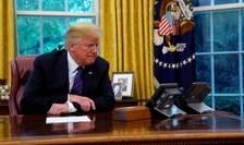 Donald Trump cârmește corabia statului american spre orizonturi incerte.