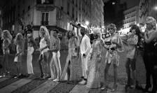 Trupa Mixity face deliciul turistilor care ajung în Montmartre.