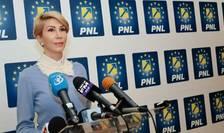 Raluca Turcan vrea alegeri care să unifice PNL (Sursa foto: Facebook/Raluca Turcan)