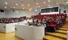 UMF Cluj și-a mutat cursurile în online, de frica răspândirii coronavirusului