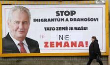 Un afis de campanie al actualului presedinte si candidat la prezidentiale Milos Zeman, pe 25 ianuarie 2018, înainte de al doilea tur de scrutin