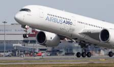 Un Airbus 350 decoleaza la Colomiers, Franta.