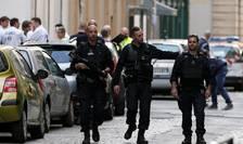 Un algerian în vârsta de 24 de ani a fost retinut luni, 27 mai, dupa ce vineri seara, a ranit 13 persoane cu ajutorul unui pachet capcana, în Lyon.