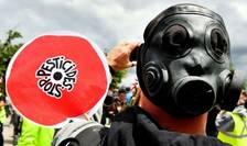 Un militant anti-pesticide în cadrul unei manifestatii derulate pe 18 mai 2019 la Bordeaux.