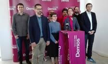 Membrii conducerii partidului Demos (Foto: RFI/Cosmin Ruscior)