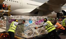 UNICEF furnizeaza material medical esential spre Uganda, început de februarie 2021.