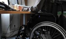 300 000 de persoane cu dizabilităţi aflate sub tutelă au dreptul să se deplaseze la urne pe 15 şi 22 martie.