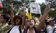 Manifestatii ale studentilor împotriva puterii de la Caracas
