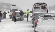 Va ninge abundent, se va depune strat de zăpadă consistent, iar vântul va avea intensificări temporare