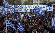 Zeci de mii de greci au manifestat duminica în centrul Atenei, înainte de votul în Parlamentul grec asupra acordului privind schimbarea numelui Macedoniei în Republica Macedonia de Nord.