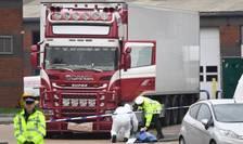 Camionul în care au fost găsite 39 de cadavre