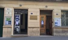 Este prima zi de vot pentru romanii din strainatate care in premiera au la dispozitie trei zile in care pot merge la una din cele 835 de sectii de votare