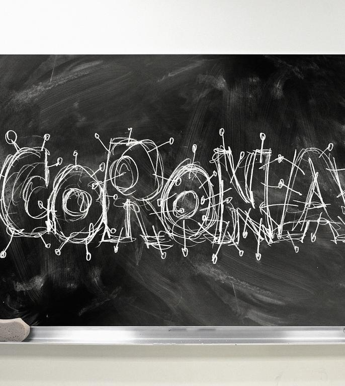 Cum prevenim focarele Covid-19 în școli? (Sursa foto: pixabay)