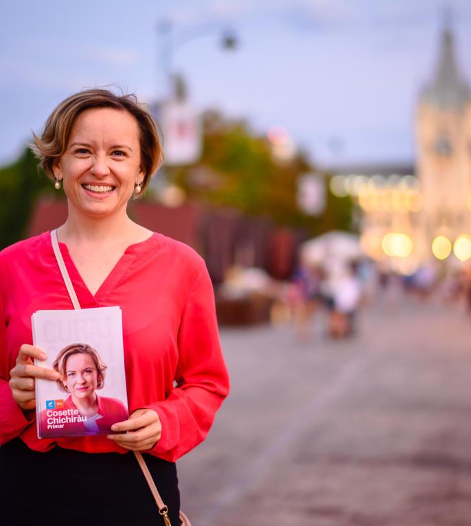 Cosette Chichirău candidează la Primăria Iași (Sursa foto: Facebook/Cosette Chichirău)