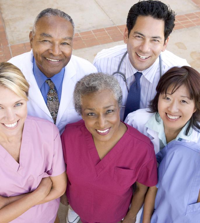 Personal din casele de îngrijire