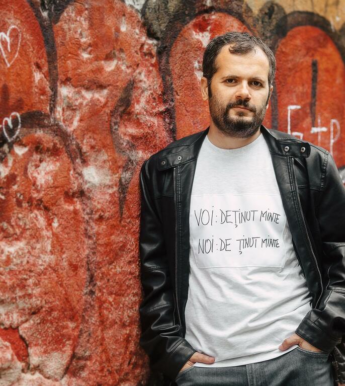 Radu Vancu: Orice discuție rațională cu negaționiștii se va izbi de un zid (Sursa foto: Facebook/Radu Vancu)