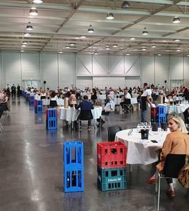 Concursul Challenge International du Vin a avut loc în Palatul congreselor din Bordeaux.
