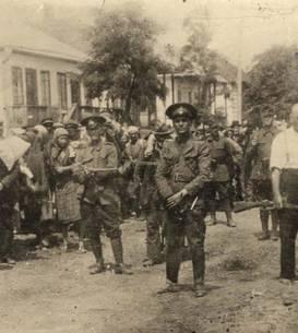 Evrei din Briceva, Basarabia, deportați de armata română în 1941