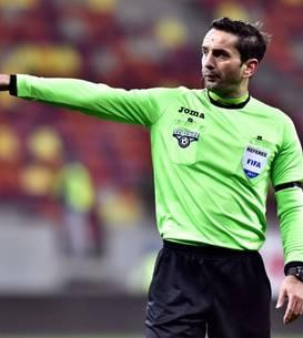 Arbitrul român Sebastian Coltescu a fost acuzat de rasism la meciul PSG-Başakşehir de la Paris, din 8 decembrie 2020.