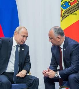Igor Dodon și Vladimir Putin, la o întrevedere în Kazahstan