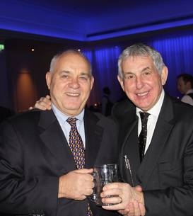 Mircea Paraschiv (stânga) și Ian McGeechan