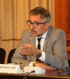 Lucian Romașcanu critică manualele de educație sexuală (Sursa foto: Facebook/Lucian Romașcanu)