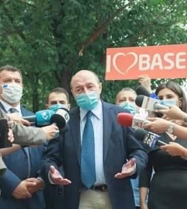 Traian Băsescu este candidatul PMP la Primăria Capitalei (Sursa foto: Facebook/PMP)