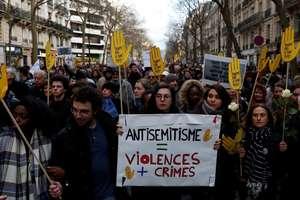 Mobilizare la Paris, pe 28 martie 2018, în memoria octogenarei Mireille Knoll, asasinată în apartamentul ei
